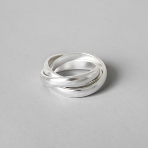 Three Sterling Silver Bands Interlocking Stacking Ring Wide Silver Rolling Triple Ring Set Women