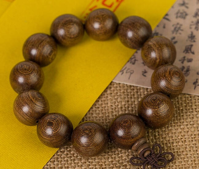 Delicate golden sandalwood Tibet Buddhism Prayer antifatigue bead bracelet