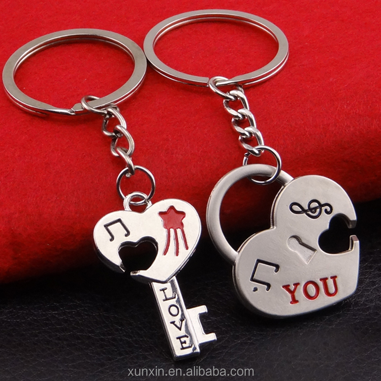 Valentine's day gifts promotional gifts keys ,fashion love you lover keychain for couple gift