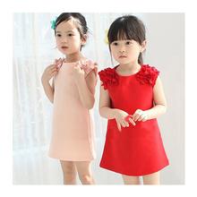 O envio gratuito de verão as crianças se vestem de Algodão Tridimensional flores Rosa Em Linha Reta/Vermelho vestido Sem Mangas 2-6 anos meninas vestir
