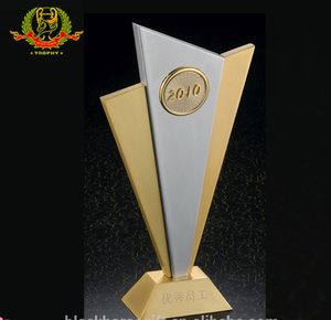 China Manufacturer High Quality Best Selling Metal Sport Awards / Business Gifts/Office Decorations