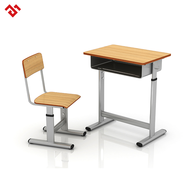 Wholer College Student Desk And Chair