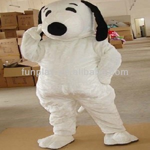 So cute cartoon character snoopy mascot