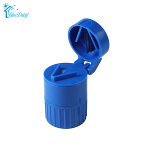 Factory price Plastic pill cutter /pill box with cutter