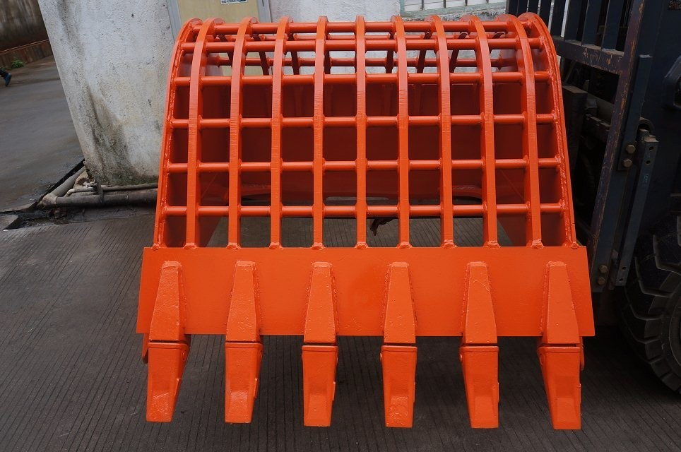 Crawler Excavator Sieve Bucket with Teeth