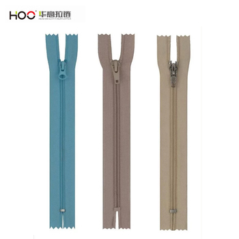 Colored nylon zippers wholesale 5# nylon zipper close end with auto-lock slider painted