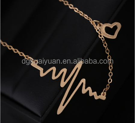 Wholesale fashion womens jewelrry laser cut stainless steel pulse heart necklace gold
