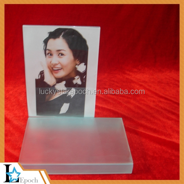 New custom clear acrylic easel stand book holder from acrylic manufacturer