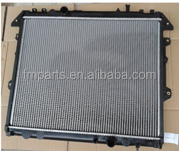 Radiator For Toyota Hilux Kun25 16400-0l270/16400-0l160