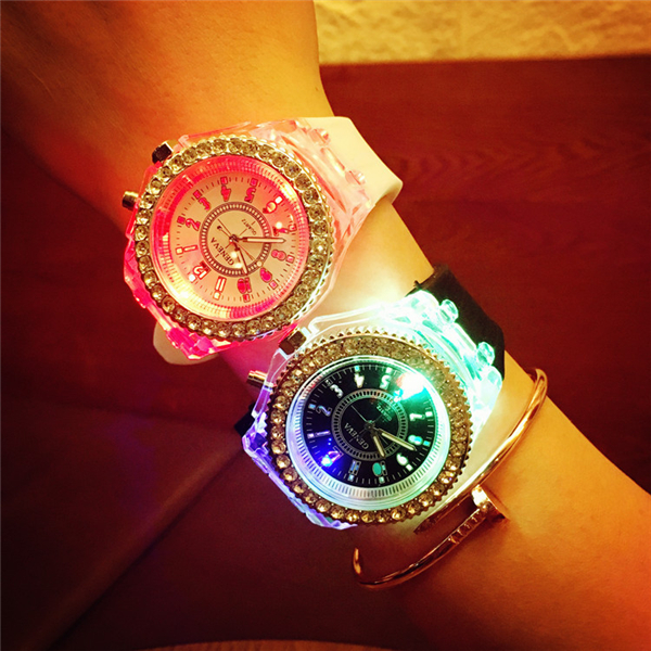 2016 hot sale fashion led Wristwatch silicone LED watches