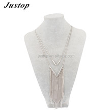 Necklace jewelry in silver accessory for women