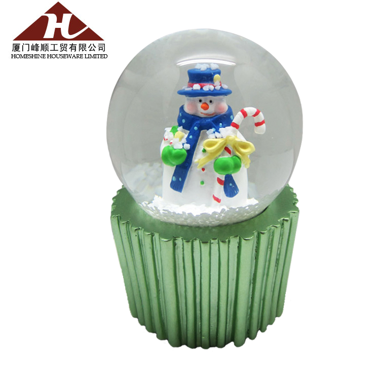 wholesale crystal water ball crafts resin snow globe