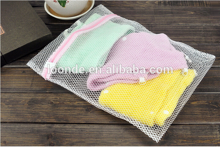 Clothes Washing Machine Laundry Bra Aid Lingerie Mesh Net Wash Bag Pouch Basket femme 3 Sizes 100 polyester,breathable,  zipper