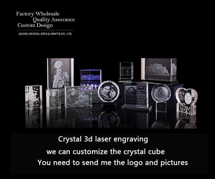 3d grabado láser de color de cristal cubo con giratoria de plástico con base de luz