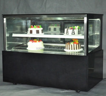 Competitive Price Refrigerator Display Cake Keep Fresh Pastry Showcase with Anti-fog function