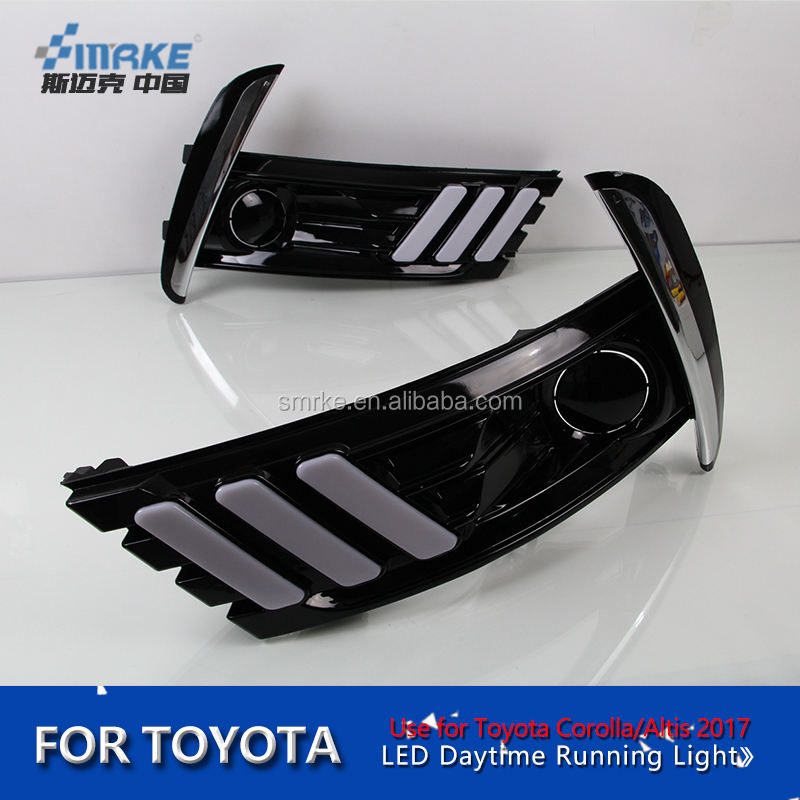 For Toyota Corolla Altis 2017 DRL Daytime Running Light LED car styling yellow turn signla lamp Fog cover