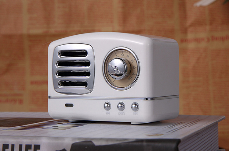 Old fashioned Portable Mini Bluetooth Wireless Speaker with FM radio