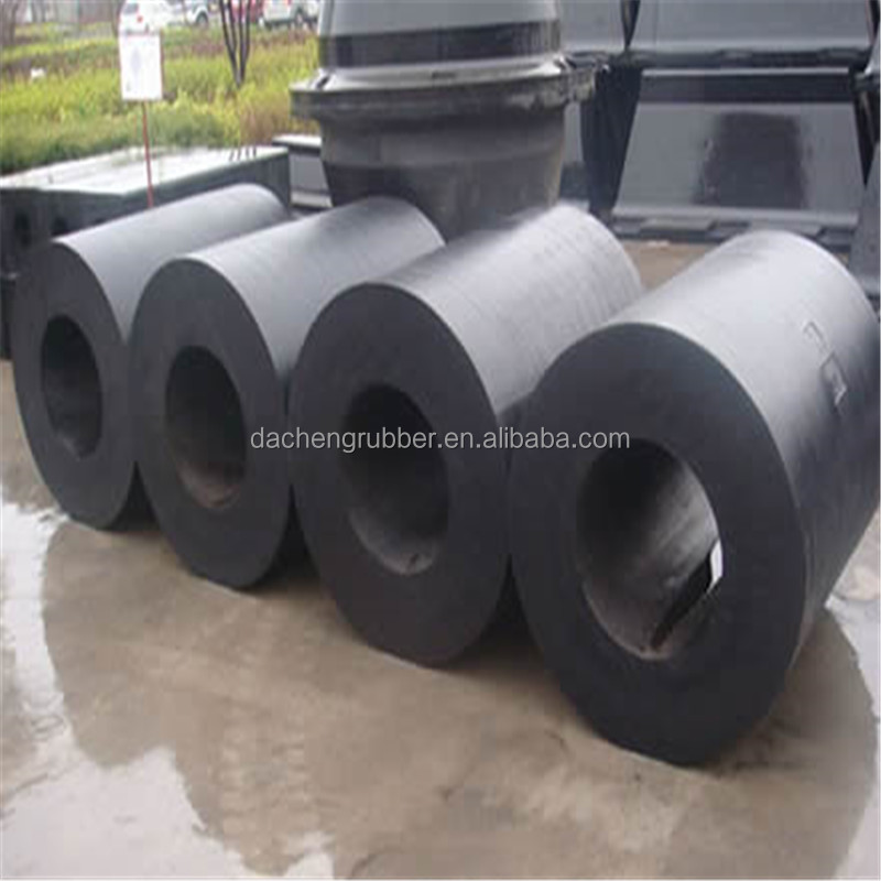 Economic and Durable Rubber Bumpers on Sea Port