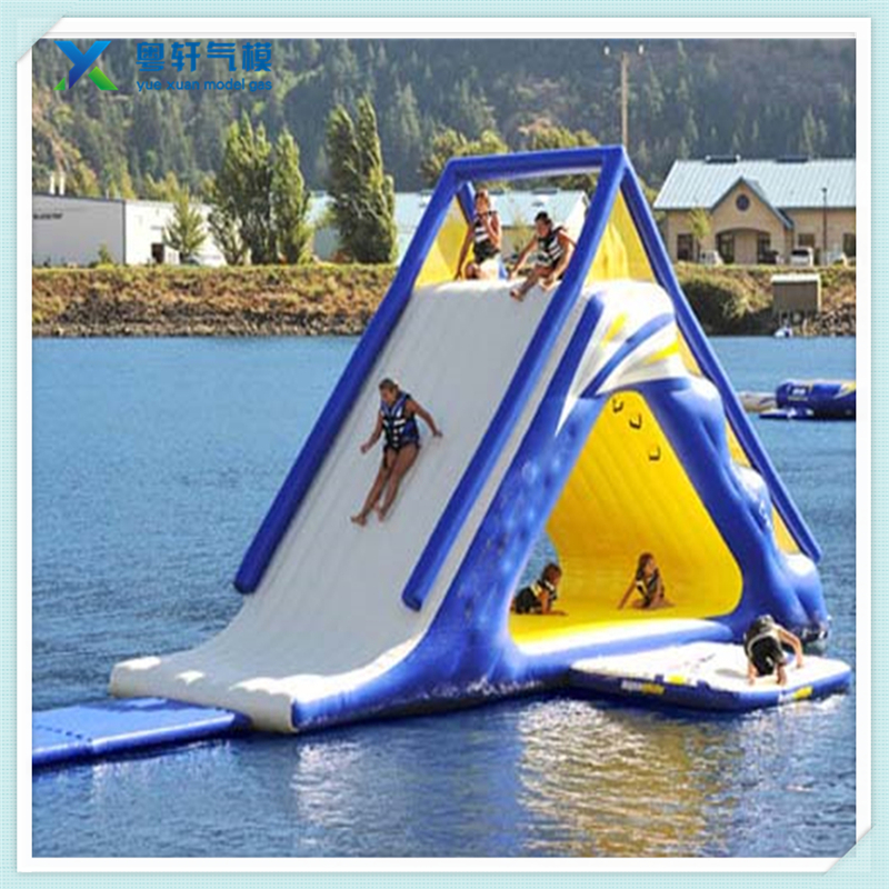 Water amusement equipment inflatable water floating slide with climbing bouncer
