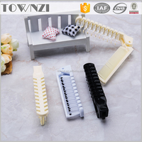 New Style Plastic Bulk Foldable Pocket Long Handle Comb Hotel Rooms Supplies Hair Combs Convenient Travel Accessories