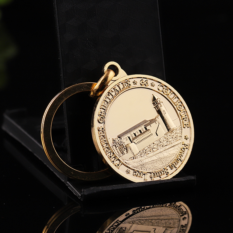 Classical building style custom gold Historical sites memorial coin keychain