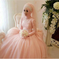 Muslim Wedding Dresses With Sleeves vestido de noiva Arabic Light Pearl Pink Peach Bridal Gowns High Neck Stunning Bride Dress