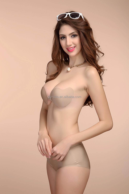 Chica desnudez frontal completa
