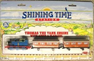 Thomas The Tank Engine: Thomas with Annie & Clarabel
