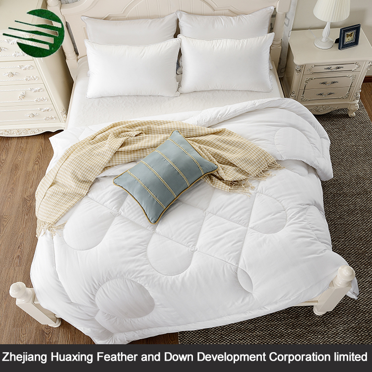 New Eco-friendly White Solid Color Hypoallergenic Hollow Fiber Bamboo Fiber Quilt