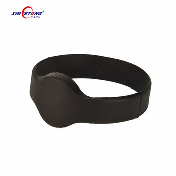 Red Blue Watch style 13.56MHz tag 213/215/216 NFC Chip rewritable RFID NFC TAG Silicone Wristband Kids