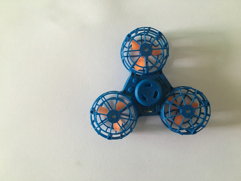Best selling 2018 plastic toys factory in china hight quality CE FCC EN71certification Fly hand drone fidget spinner toy