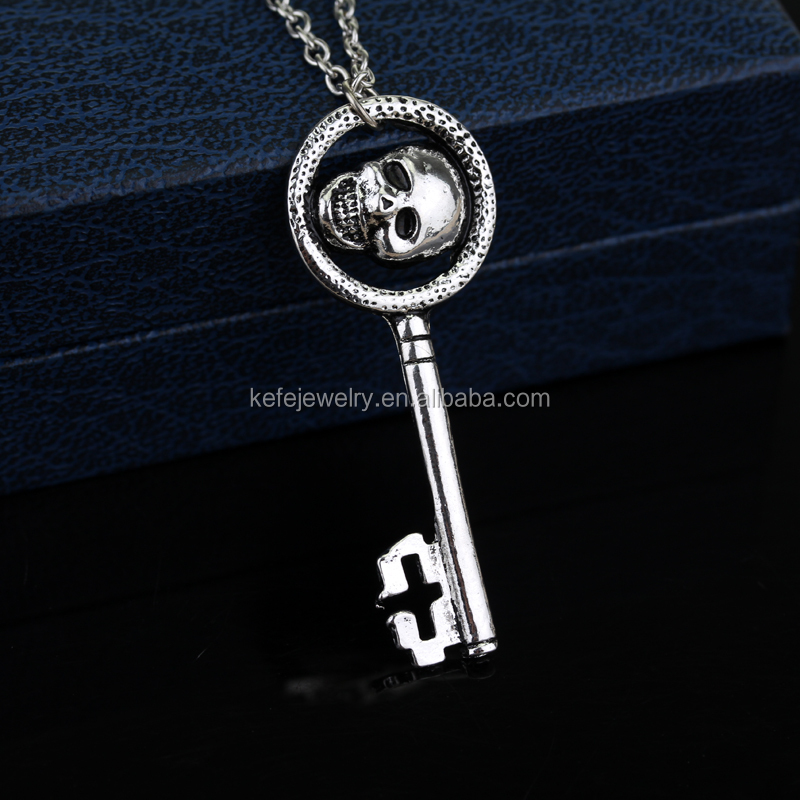 Once Upon A Time Regina Mills Evil Queen Skeleton Key Charms Necklace