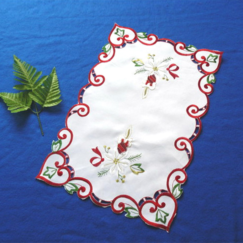 Wholesale customized tapestry placemats embroidered for family