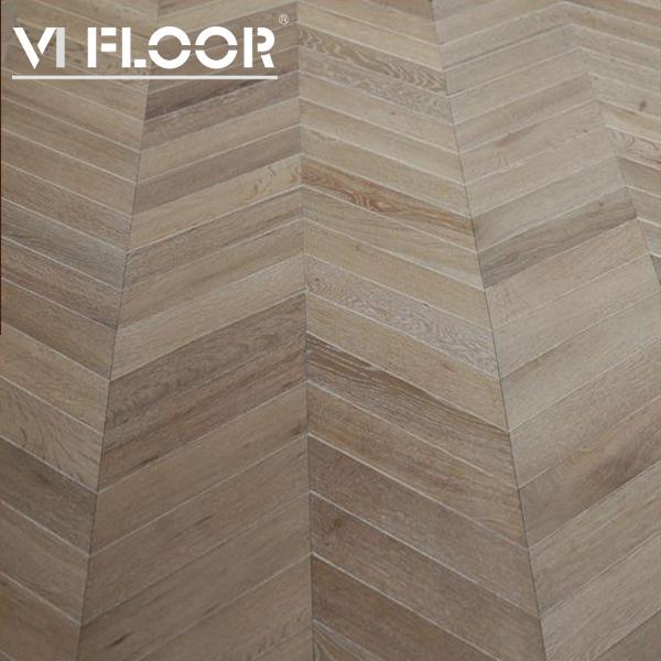 Chevron Pattern Hardwood Floor