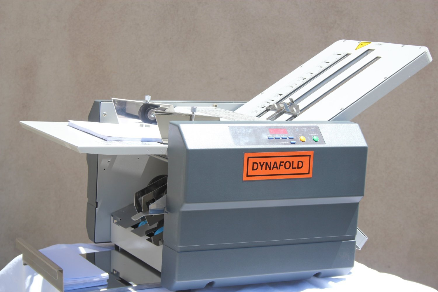 "Dynafold DE-42FC Center Feed Paper Folding, 15000 pcs/hr Folding Speed, Unique Feed System Allows Heavy & Glossy Paper Folding, Papers Folded Can Range in Size From 3.5"" x 5"" up to 11"" x 17"""