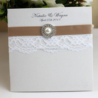 Hot Item 2015 New White Lace Laser Cut Wedding Invitation with Buckle