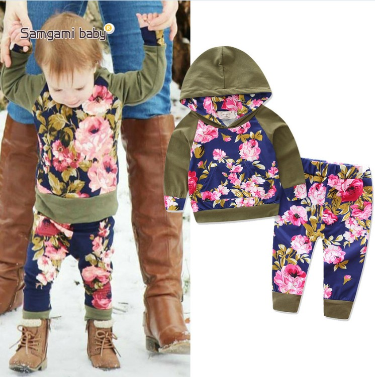 38a14dbe39d 2017 Groothandel kinderen boutique kleding meisjes casual outfits  legergroen hoodie bloemen top + broek kinderen vallen