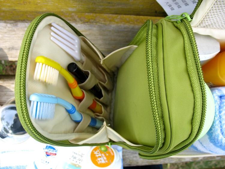 Men-And-Women-Stylish-Portable-Travel-Bag-Large-Capacity-Hook-Type-Wash-Bag-Multifunctional-Storage-Package (5)