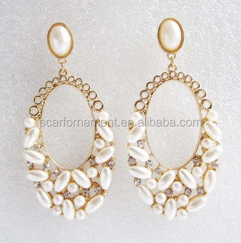 New Design Elegant Rani Haar White Black Pearl Bridal Earrings Gold Hollow Out Rhinestone