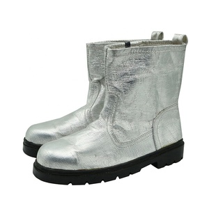 Heat resistant aluminum foil safety work boots