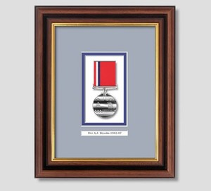 Fashion Wooden medal photo frame