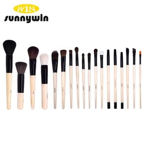 Bobby Brown Makeup Brush Set 18 pcs with Pouch