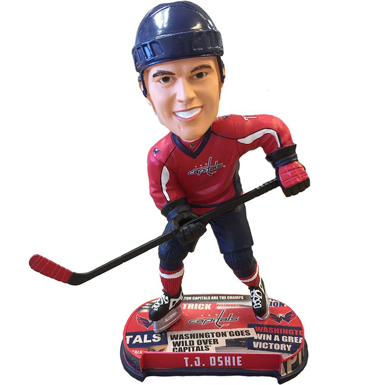 Resin Handcrafted lifelike European NHL superstar resin bobblehead