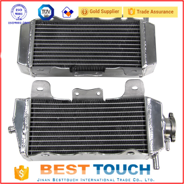 Small aluminum motorcycle radiators for CRF250 / CRF250X / CRF250R