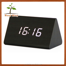 New Latest Invention 2017 Mini Unique Leisure Desk Clock Smart Cheap Retro Wooden Small Led Digital Clock