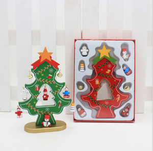 2018 new design festival decoration christmas wood tree ornaments