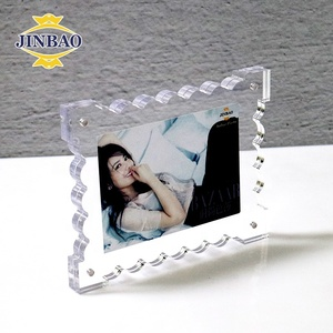 JINBAO Factory Customized Tabletop Cheap High Transparency 2 Sides 4x6 5x7 6x8 inch Acrylic Plastic Magnetic Photo Frame