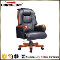 Luxury wood and leather executive office presidential chair