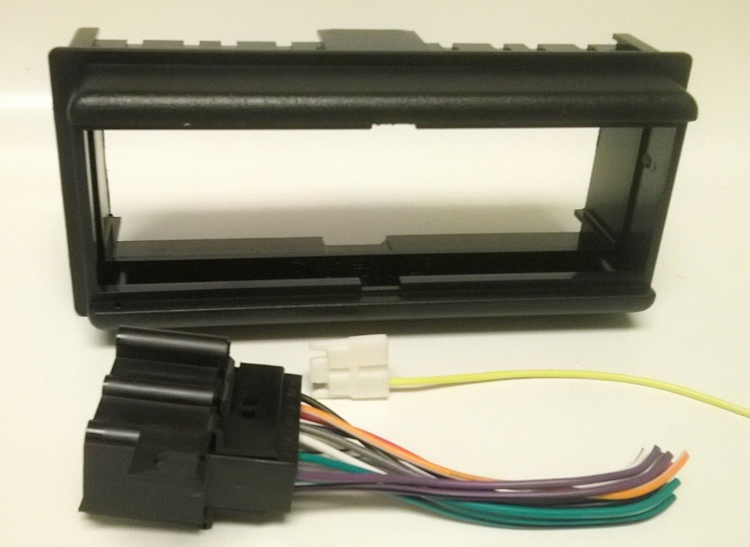 Get Quotations · Dash kit and wire harness for installing a new Single Din  Radio into a Chevy CHEVROLET