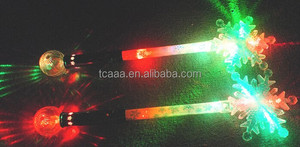 Hot selling and cheap price wholesale led magic plastic snowflake wand